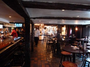 Warren Tavern Inside M 300x225 Freedom Trail Historic Boston Restaurant Guide & Map